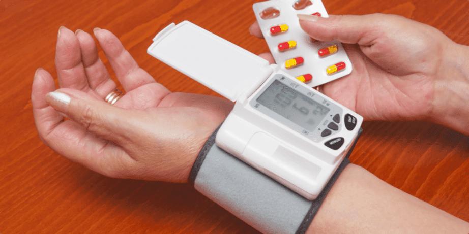 wrist blood pressure monitors